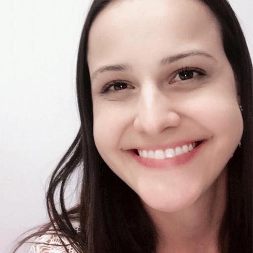 Paula Fernanda Valadares Corradi